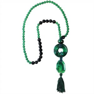 AVENTURINE & ONYX NECKLACE