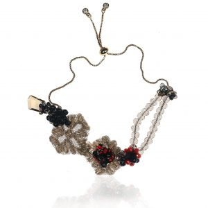 LACE BRACELET WITH CARNELIAN, ONYX AND CORAL