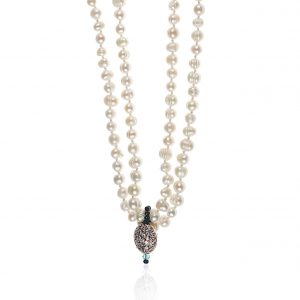 FRESHWATER PEARLS & GOLD-PLATED ELEMENT